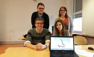 L'innovation au service de la santé en Alsace: quatre étudiants ont porté le projet Efficient healthcare for epilepsy pour mettre au point un casque qui détecte les crises d'épilepsie.