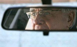 La plupart des seniors souhaitent continuer à conduire même s'ils connaissent des difficultés sur la route, posant la question du contrôle des capacités de conduite des personnes âgées, de plus en plus nombreuses à conduire dans les années à venir.