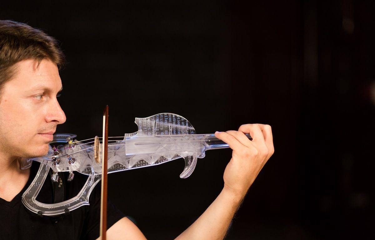 Le violon électrique imprimé en 3D par les Toulousains de 3DVarius. – Thomas Tetu