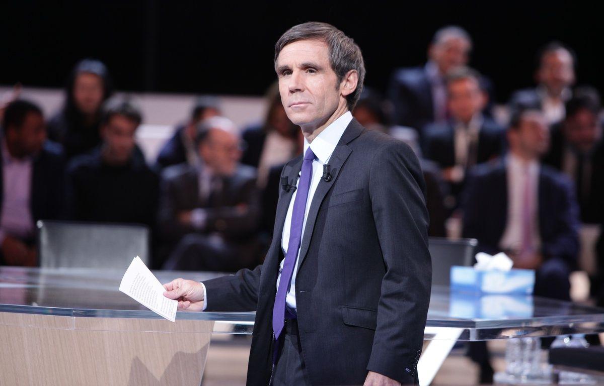 David Pujadas sur le plateau de «L'Emission politique». – SCHOUSBOE Charlotte