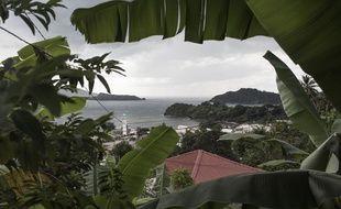 L'île de Mayotte vue des Comorres