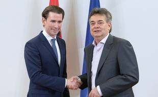Le chancelier autrichien Sebastian Kurz (à gauche) et le leader des Verts Werner Kogler, le 1er janvier 2020 à Vienne.