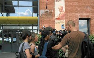 Le 15 mai 2009, à Fenouillet, pour avoir reçu une punition, un collègien de 5e a poignardé son enseignante.