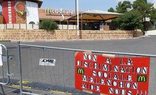 Le McDonald's a été fermé au public ce mercredi.