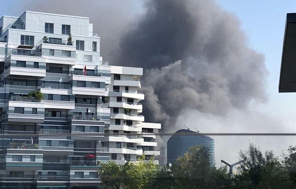 Trafic SNCF interrompu à Montparnasse: Important incendie à Issy-les-M 960x614_feu-declare-issy-moulineaux