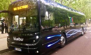 Le Bluebus de Bolloré est en test sur la Liane 15 du réseau TBM à Bordeaux.