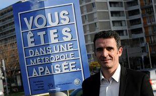 Le maire de Grenoble Eric Piolle, le 1er janvier 2016. Lundi soir, le conseil municipal de la ville gérée par une coalition entre EELV, le Parti de gauche et des collectifs citoyens a dû être annulé pour cause de manifestation