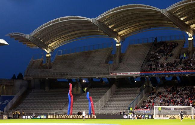 Depuis mars 2014, le derby se déroule sans supporter stéphanois, que ce soit à Gerland ici ou au Parc OL.