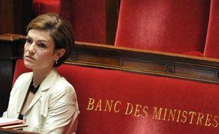 Chantal Jouanno à l'Assemblée nationale, sur le banc des ministres, le 28avril 2010.