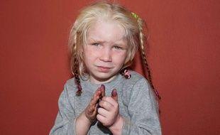 Une fillette blonde de quatre ans a été retrouvée dans un camp rom en Grèce, le 16 octobre 2013.