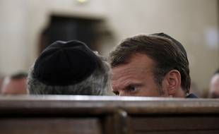 Emmanuel Macron et le  grand rabbin de France, Haïm Korsia, à la synagogue de la rue de la Victoire (Paris), le 4 septembre 2018.