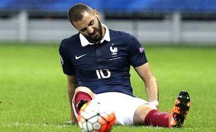 Karim Benzema lors du match entre la France et l'Arménie le 8 octobre 2015.
