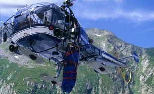 Un hélicoptère d'un peloton de gendarmerie de Haute-Montagne (illustration).