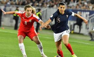 La Française Kenza Dali aux prises avec la Serbe Dina Blagojevic, samedi 9 novembre.