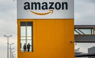 Le site logistique d'Amazon à Lauwin-Planque (Nord), le 11 avril 2015