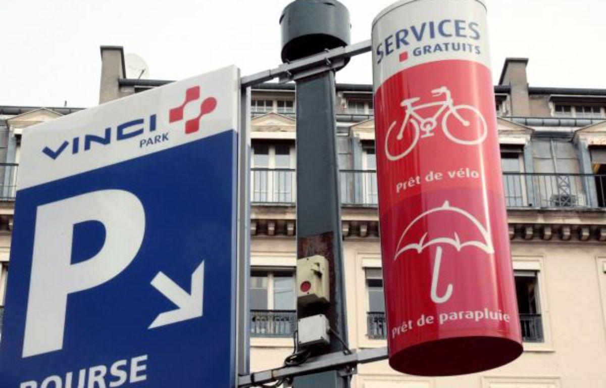 Un parking Vinci à Marseille – JACQUES DEMARTHON / AFP