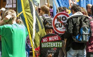 Une manifestation en juin 2014 à Londres contre l'austérité et les contrats zéro heure.