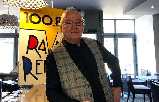 Gabriel Aubert est le fondateur de Radio Rennes, une radio libre née en 1981 et qui émet toujours.