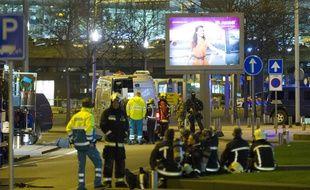 L'aéroport Schipol d'Amsterdam avait été partiellement évacué mardi soir.