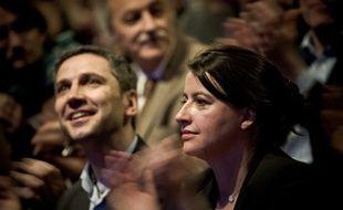 Christophe Najdovski et Cécile Duflot lors d'un meeting du candidat Europe Ecologie-Les Verts dans le XIe arrondissement, le 19 mars 2014.