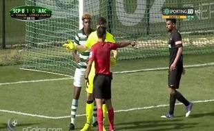 Le penalty le plus bête de l'histoire