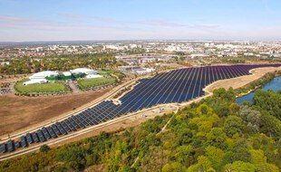 La plus grande centrale solaire urbaine de France a été mise en service le 14 octobre à Toulouse, sur l'ancien site AZF.