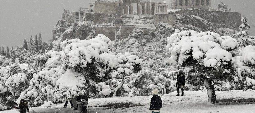 L'Acropole d'Athènes sous la neige, le 16 février 2021.