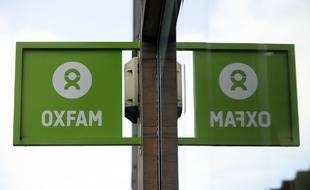 Une enseigne de l'ONG Oxfam