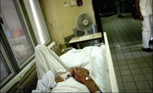 La moitié de l'effectif du service des urgences de l'hôpital Henri Duffaut à Avignon a présenté sa démission.