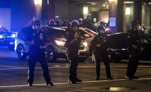 Des manifestations secouent les Etats-Unis après la mort de George Floyd lors d'une interpellation à Mineapolis. Ici, des forces de l'ordre à Los Angeles. Illustration