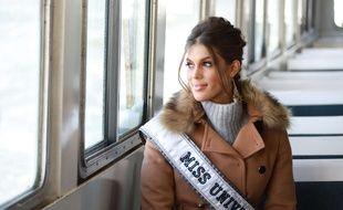 Miss Univers 2016, Iris Mittenaere, le 10 février 2017, à New York.