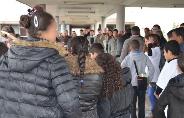 Des collégiens au collège Las Cazes, à Montpellier.