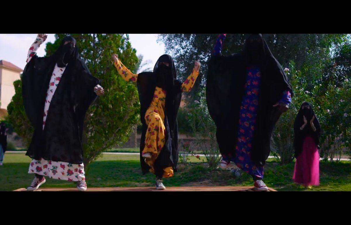 Un extrait du clip des Saoudiennes. – Capture d'écran