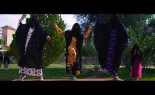 Un extrait du clip des Saoudiennes.