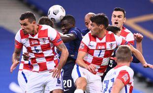 Les Bleus Umpamecano et Nzonzi au duel lors de France-Croatie, le 8 septembre 2020.