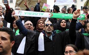 Manifestation d'avocats pour un changement de régime, à Alger le 23 mars 2019
