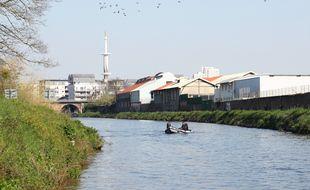 Un homme de 29 ans est tombé dans la Vilaine à hauteur de l'écluse de Moulin du Comte, à Rennes. Il est mort noyé.
