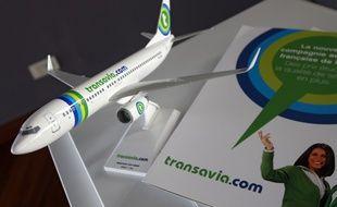Illustration d'une maquette d'un Boeing 737-800 de la compagnie aŽérienne Transavia.