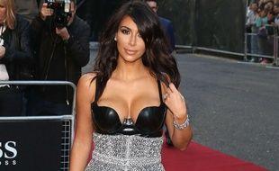 Kim Kardashian à la cérémonie des GQ Awards le 2 septembre 2014
