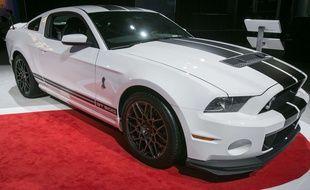 Photo d'illustration de la Ford Mustang GT 500, ici en 2013 lors d'un salon automobile à New York.
