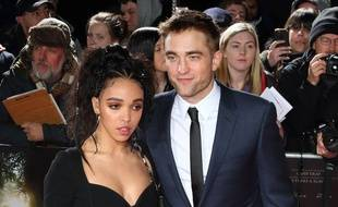 L'artiste FKA twigs et l'acteur Robert Pattinson