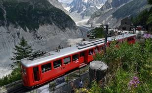 Le petit train du Montenvers fermé après avoir déraillé