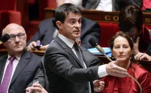 Le Premier ministre Manuel Valls lors d'une session de questions au gouvernement, le 3 décembre 2014 à l'Assemblée nationale, à Paris