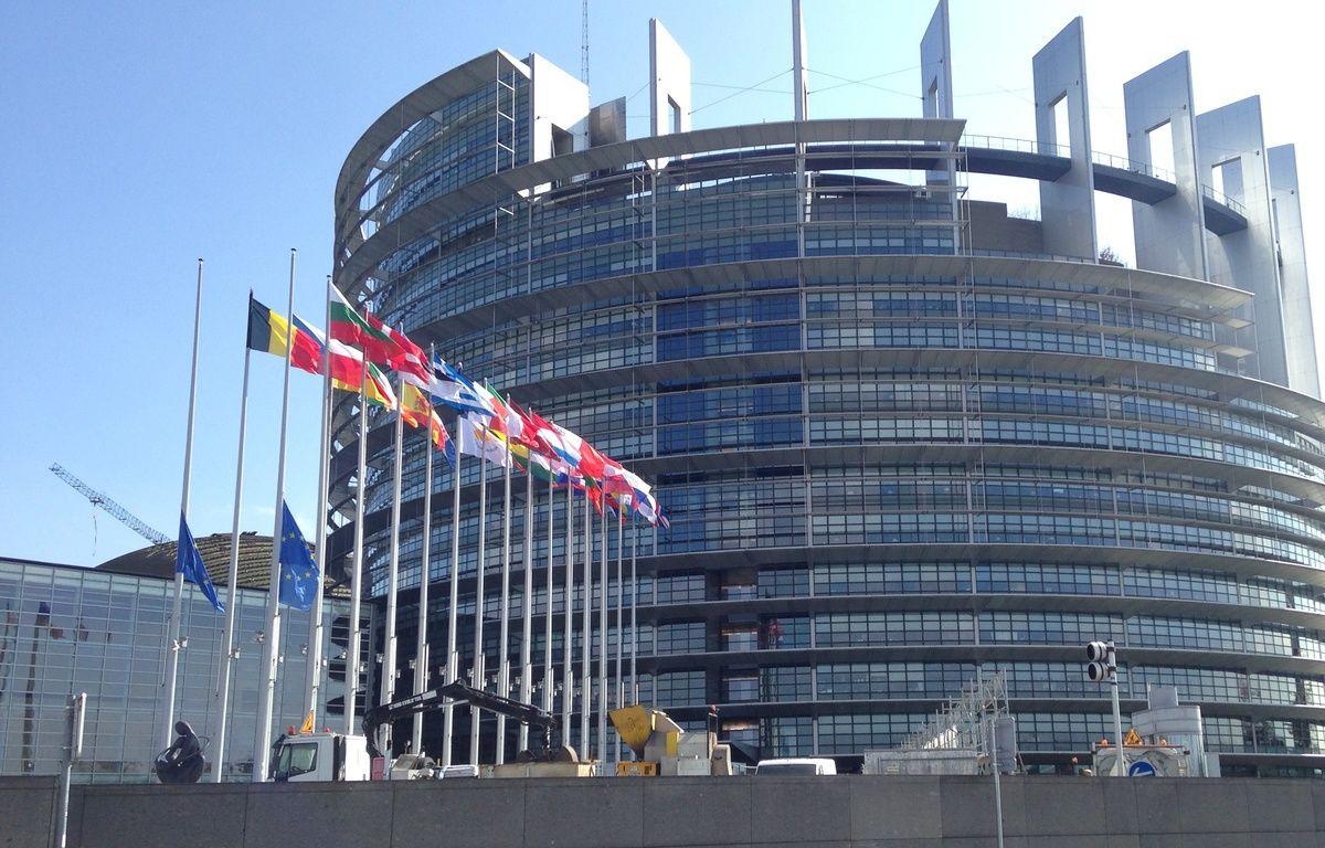 Le calme règne devant le Parlement européen de Strasbourg après les attentats à Bruxelles. – F. Hernandez/ 20 Minutes