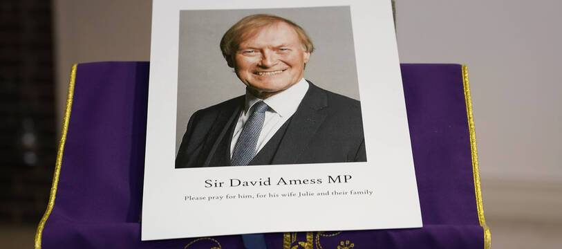 Le député britannique David Amess a été mortellement poignardé le 15 octobre 2021, un acte qualifié de «terroriste» par la police.