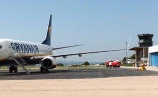 Des passagers ont cru leur dernière heure arrivée lundi soir lorsqu'un avion de la compagnie à bas prix irlandaise Ryanair a dû descendre brutalement de 7.500 m et atterrir d'urgence à Limoges, en raison d'une dépressurisation dans la cabine.
