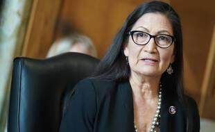 Confirmée à l'Intérieur dans le gouvernement Biden, Deb Haaland est la première ministre amérindienne des Etats-Unis.