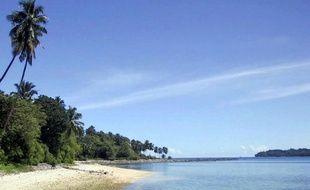 """Les îles Andaman et Nicobar, perdues dans l'océan Indien, abritent quatre autres tribus dites """"primitives, dont chacune compte moins de 350 membres."""