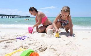 Une plage de sable. Photo d'illustration.