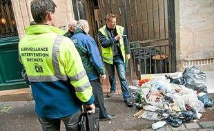 Dépôt sauvage d'ordures, dans le centre-ville de Bordeaux